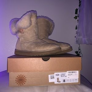 UGG Boots with Bailey Button